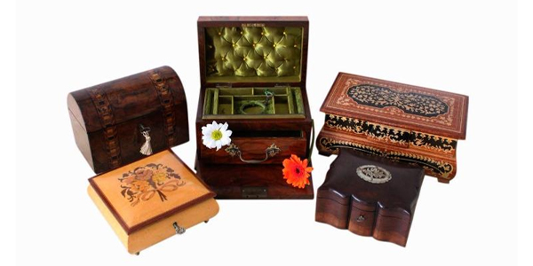 Jewellery box shop selling jewellery boxes and antique boxes, jewellery box sourcing