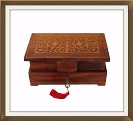 SOLD Beautiful 1940s Italian Inlaid Jewellery Box