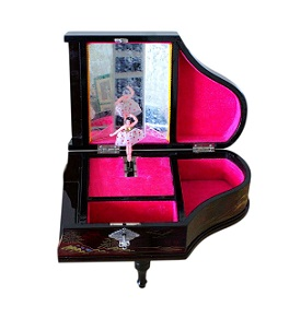 SOLD Japanese Lacquered Musical Jewellery Box