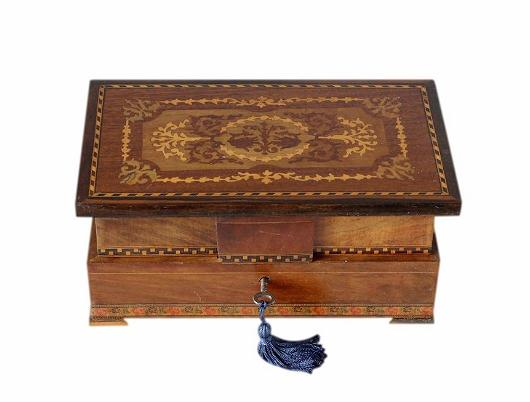 SOLD Refurbished Inlaid Sorrento Jewellery Box