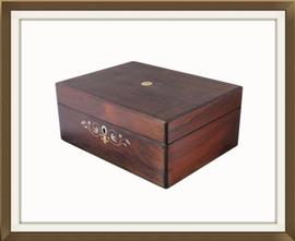 Beautiful Large Rosewood Antique Jewellery Box