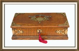 SOLD Beautiful Antique Solid Oak Jewellery Box