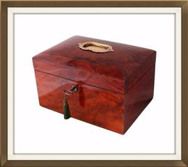 Large Figured Walnut Antique Jewellery Box